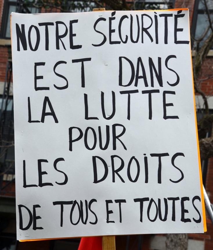 https://cpcml.ca/francais/Images2020/Slogans/160501-Montreal-PremierMai-13cr.jpg