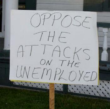 http://cpcml.ca/images2012/WorkersEconomy/EI/120528-SimcoeDianeFinleyPicket-GDepalo-02.jpg