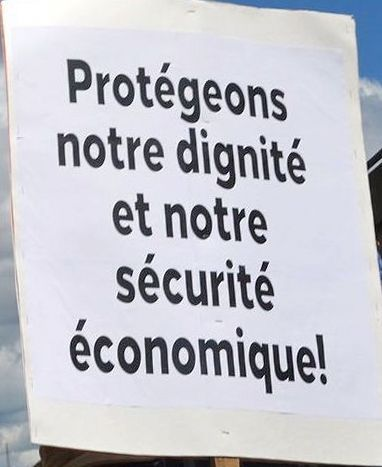 http://cpcml.ca/images2017/WorkersEconomy/PostOffice/File/160806-Montreal-Postiers-63cr.jpg